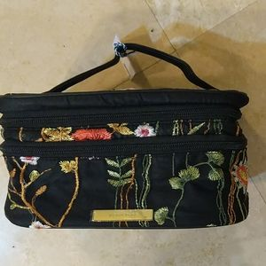 Double Zip Makeup Bag by TARAN + TWINE
